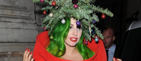 lady-gaga-a-visiblement-hate-d-etre-a-noel