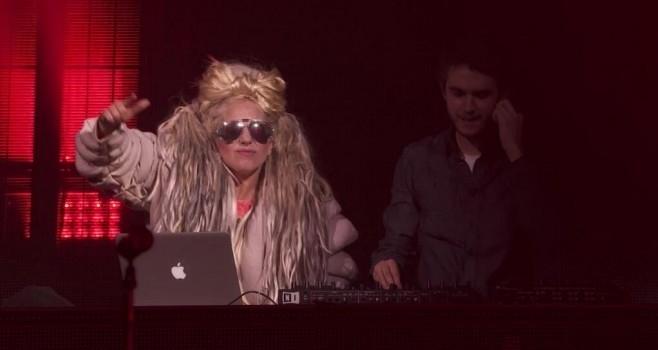 Lady Gaga au iTunes Festival de Zedd