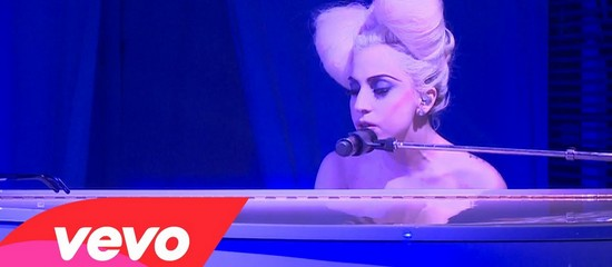 Lady Gaga nominée aux Vevo Hot This Year