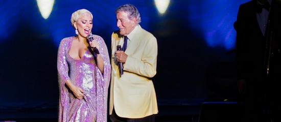 Cheek to Cheek Tour – Lenox (30-06)