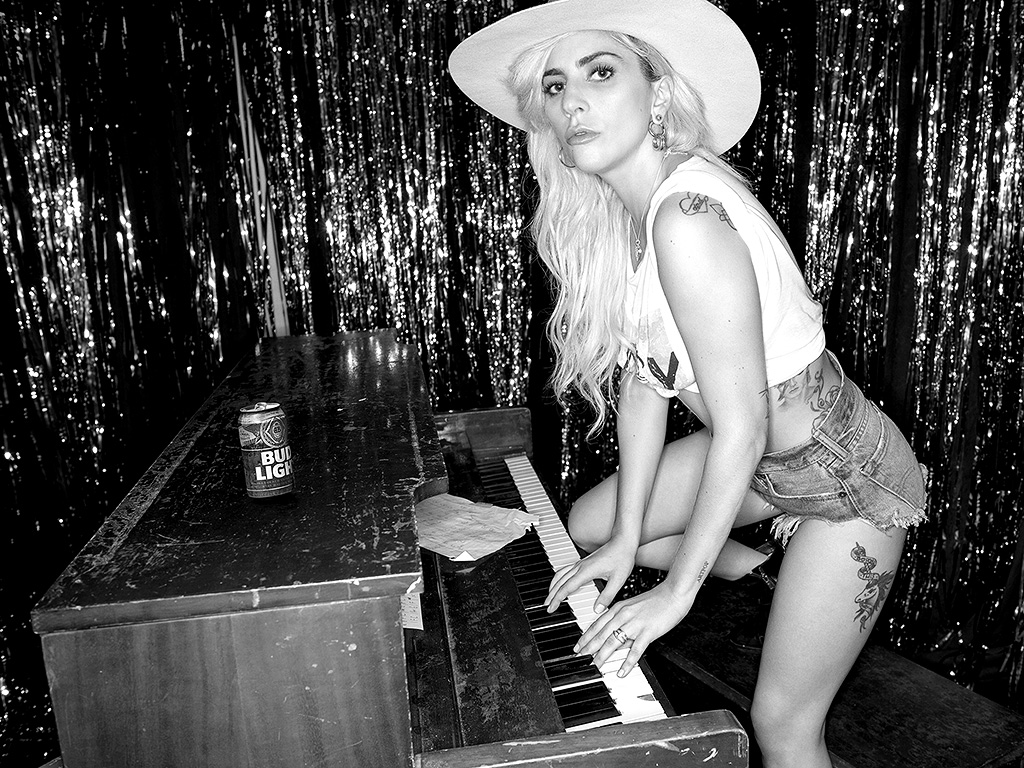 Lady Gaga // Interviews Web
