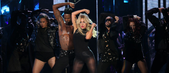 """<span class=""""entry-title-primary"""">Lady Gaga au festival Coachella #1</span> <span class=""""entry-subtitle"""">MAJ // Replay, photos + Vos impressions ! </span>"""