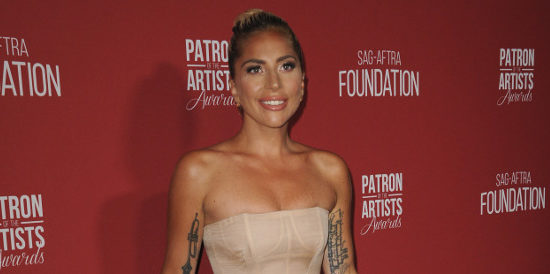 Lady Gaga aux Patron Of The Artists Awards