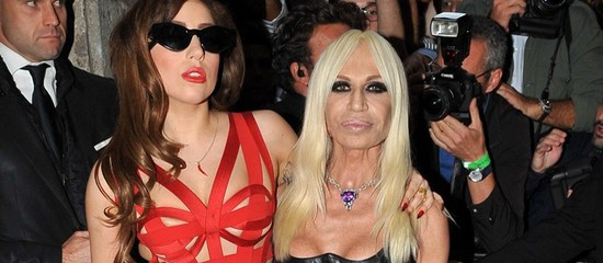 Lady Gaga au défilé Versace à Paris