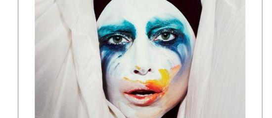 Lady Gaga dévoile la pochette de Applause