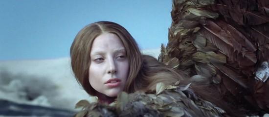 Sujets sur Gaga sur M6 & Canal +