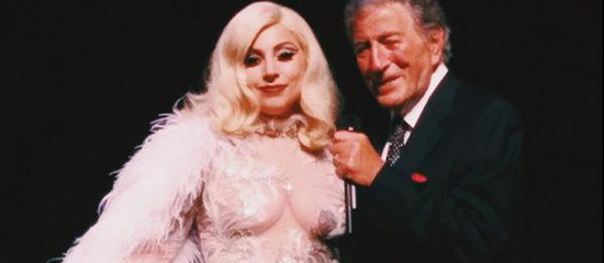 Cheek To Cheek Tour – Texas (23-24/04)