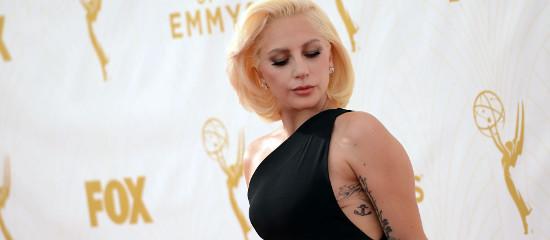 Lady Gaga aux EMMY Awards 2015