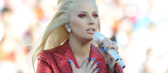 Lady Gaga à la mi-temps du Super Bowl 51