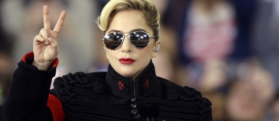 Lady Gaga au meeting d'Hillary Clinton