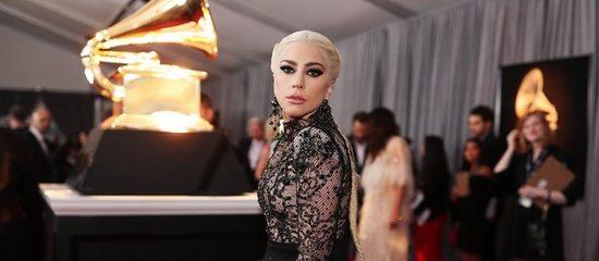 5 Nominations aux Grammy Awards