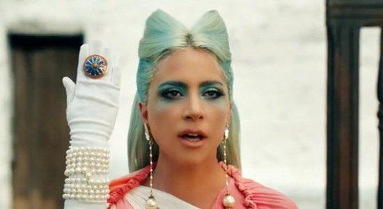 911 – Découvrez le clip de Lady Gaga !