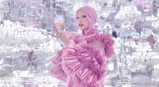 Lady Gaga en partenariat avec Dom Pérignon (MAJ)
